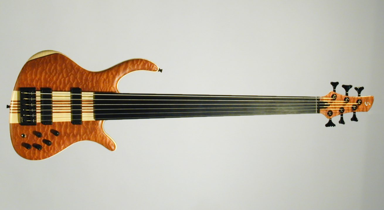 Schack Unique VI Fretless Sapeli